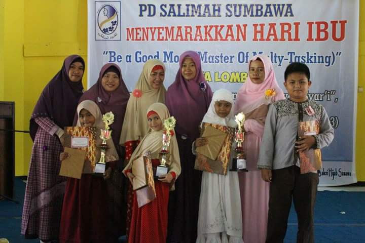 Semarak Hari Ibu Salimah Sumbawa Sukses Gelar Lomba Samawa Rea