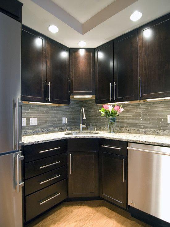30 Amazing Kitchen Dark Cabinets Design Ideas - Decoration ...