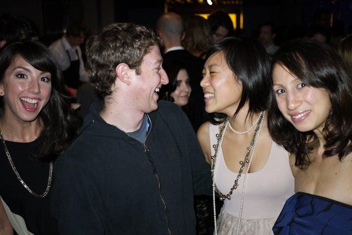 Trước khi thả ra, Zuckerberg đã gặp ông bây giờ vợ, Priscilla Chan. Chan nói 'hôm nay' Savannah Guthrie rằng họ gặp nhau tại một bữa tiệc Frat. 'Vào ngày đầu tiên của chúng tôi, ông nói với tôi rằng ông muốn đi trên một ngày với tôi hơn là kết thúc giữa kỳ mang về nhà mình', cô nói.