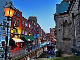 'Dublin' capital da Irlanda tem vagas de emprego para fluentes na Língua