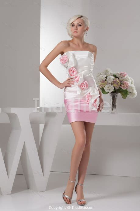Short dresses for a wedding guest