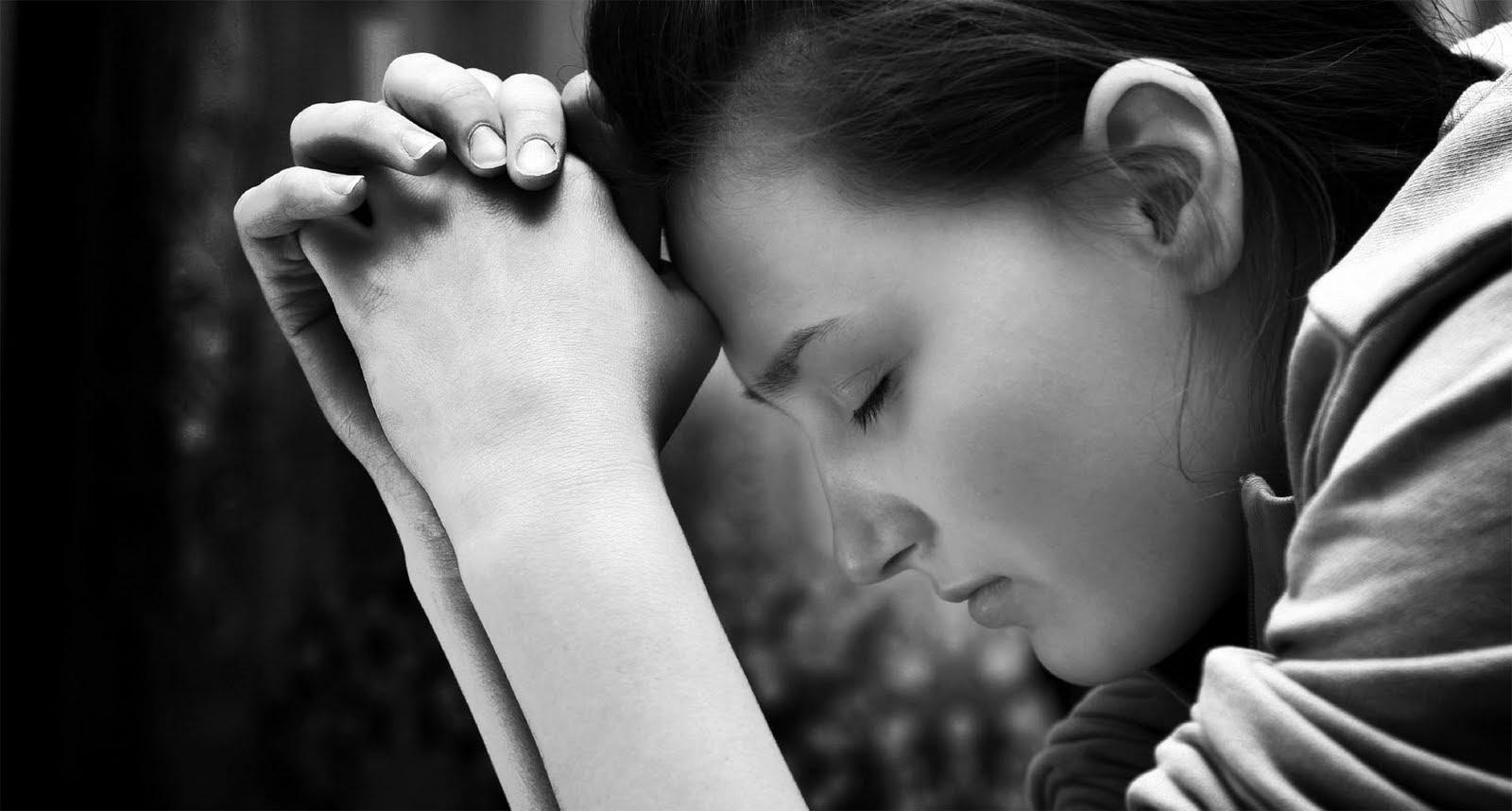 Resultado de imagem para Devemos Orar em Nome de Quem?