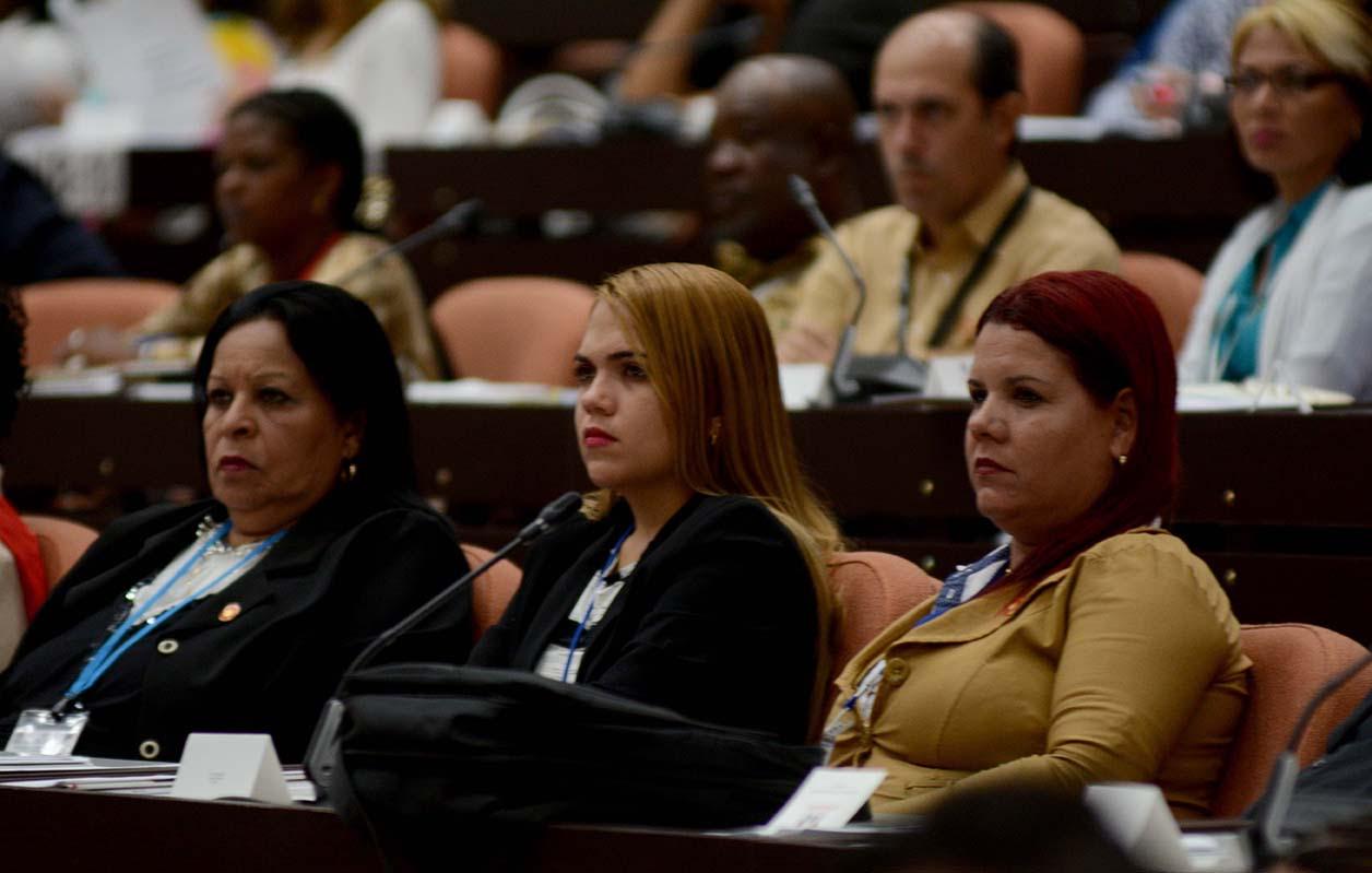0711-asamblea-plenario-informes6.jpg