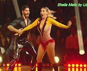 Sheila Mello sensual a dançar no programa Dancing Brasil