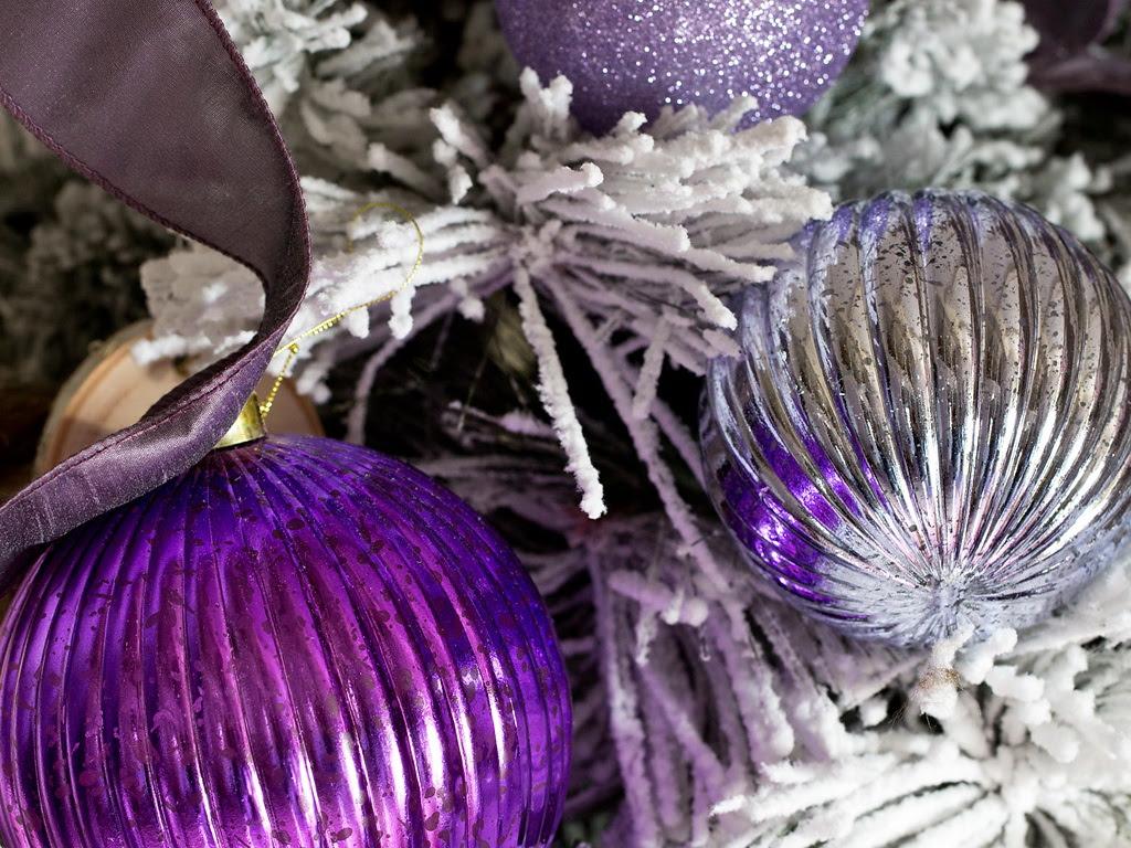 HGTV Modern Holiday Color Palette Lavender Grey Violet 8