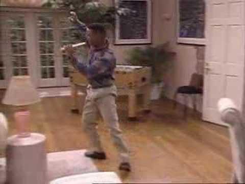 """Carlton Banks bailando """"It's not unusual"""" de Tom Jones"""