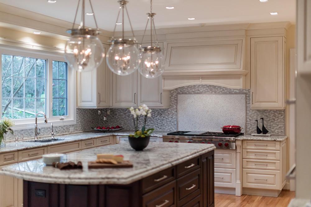 Traditional vs. Modern Kitchen Cabinets | Kitchen Design