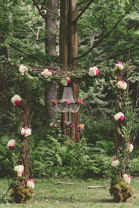 10 Darling Floral Arches for Your Wedding Ceremony   mywedding