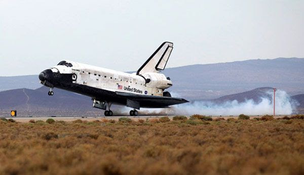 Space shuttle Discovery lands at Edwards Air Force Base in California, on September 11, 2009.