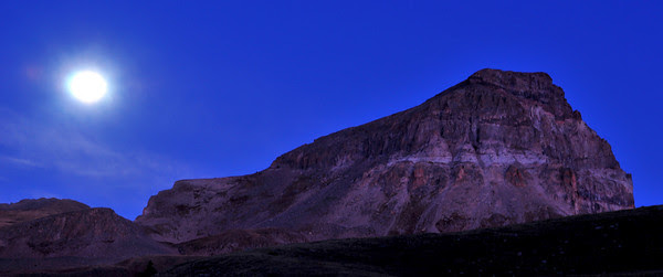 full moonset over Uncompahgre Peak