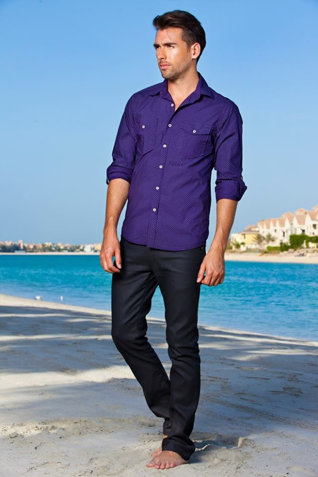 Forecast-Look-Book-Summer-Men-Outfits-2013-Fahion-of-T-Shirts-and-Pants-for-Boys-8