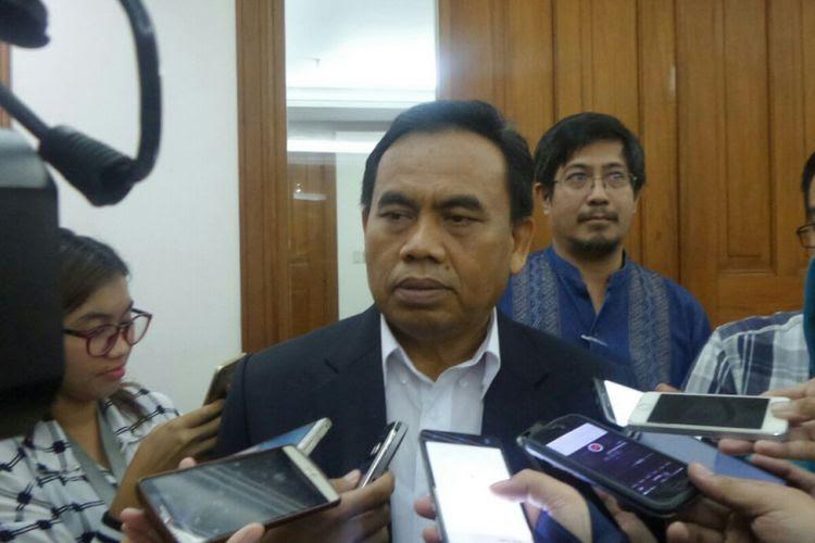 Sekretaris Daerah DKI Jakarta Saefullah di Balai Kota DKI Jakarta, Jalan Medan Merdeka Selatan, Kamis (13/7/2017).