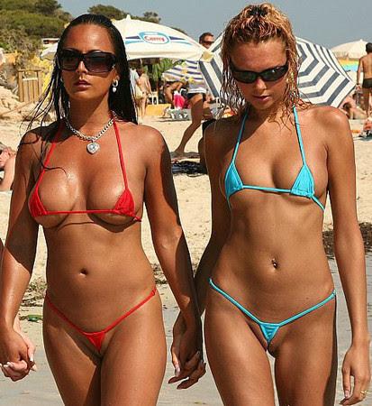 Некоторые купальники поражают воображение)) Как они вообще держатся?)))