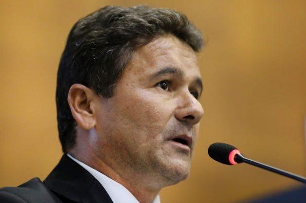 Deputado quer barrar aplicação da RGA a Poderes em Mato Grosso