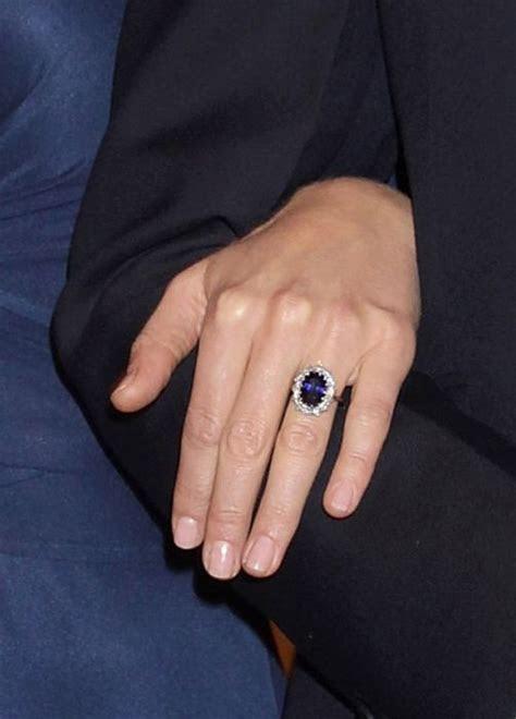 Kate Middleton?s Engagement Dress Ruined Designer?s Life