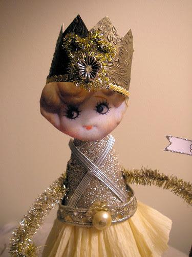 Tinsel Queen! 2