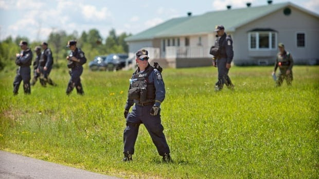 Late Update:1 escaped N.Y. prisoner shot dead, search for 2nd continues