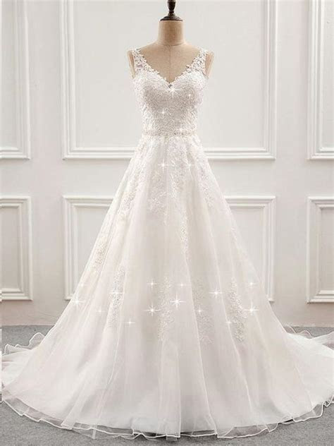 Open Back Wedding Dresses Long Train Romantic Appliques