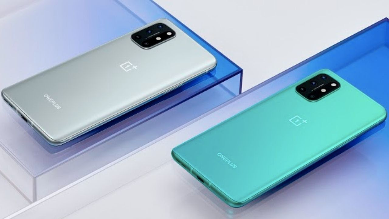 OnePlus 8T comes in two colour variants.