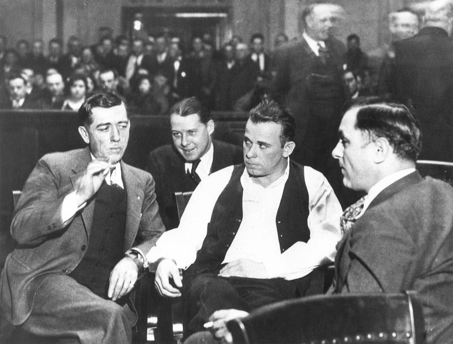 http://images.fineartamerica.com/images-medium-large/john-dillinger-1903-1934-granger.jpg