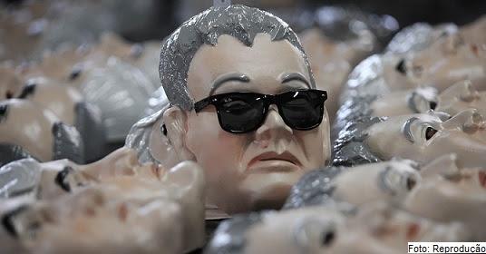 """""""Japonês da PF"""" apareceu tanto nas prisões que foi uma das máscaras mais procuradas no Carnaval"""