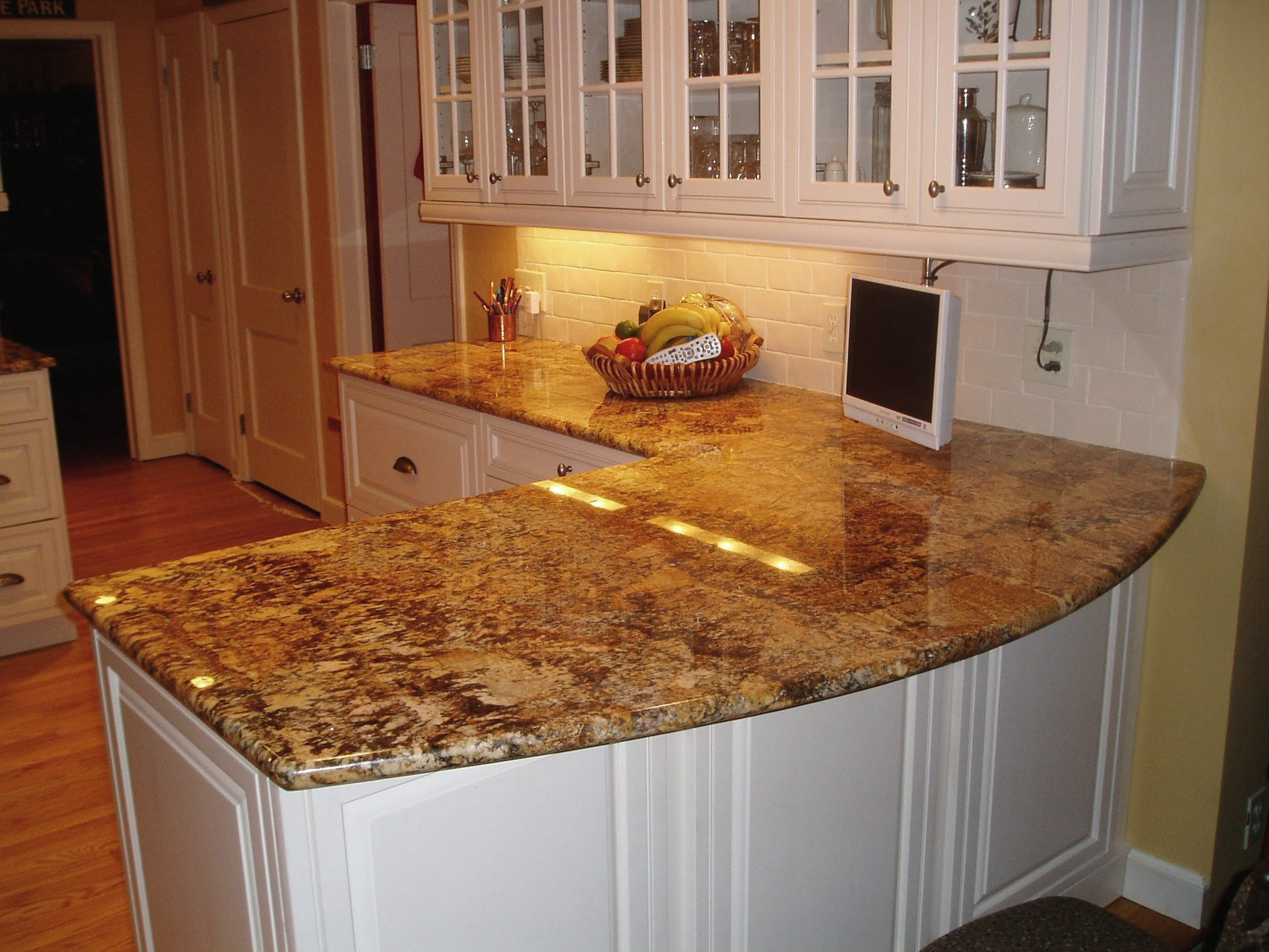 Solutions to Overcome High Price of Granite Countertops ...