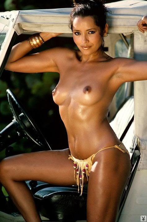 Barbara Carrera Nude Pictures Exposed (#1 Uncensored)