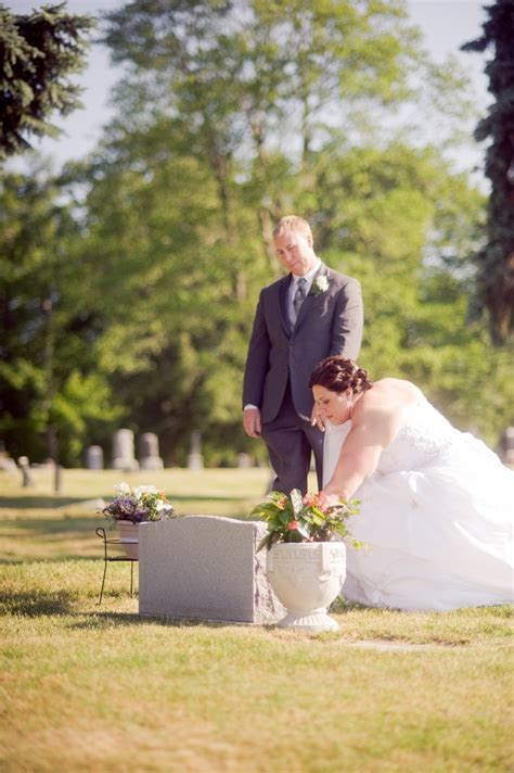 Best 25  Memorial at wedding ideas on Pinterest   Memory