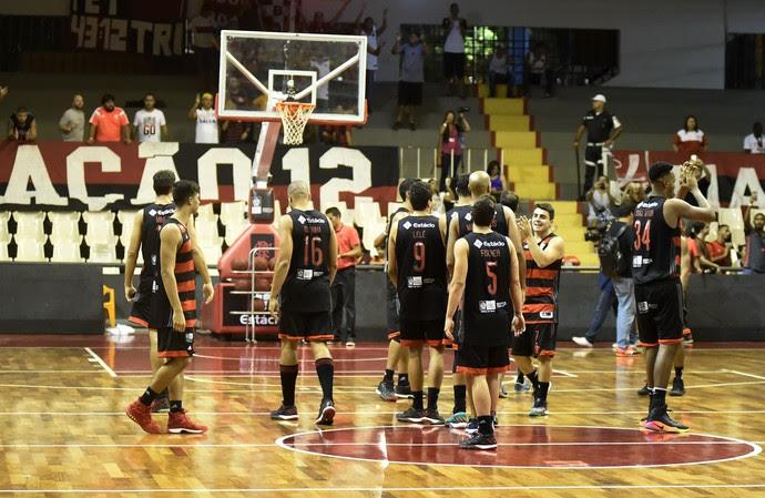 Flamengo x Vasco - 3º jogo da final do Estadual do Rio basquete (Foto: André Durão)