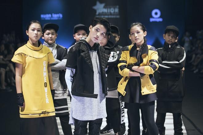 Vũ Cát Tường cùng học trò cưng The Voice Kid tỏa sáng trong đêm diễn cuối của Tuần lễ Thời trang Thiếu Nhi - Ảnh 21.