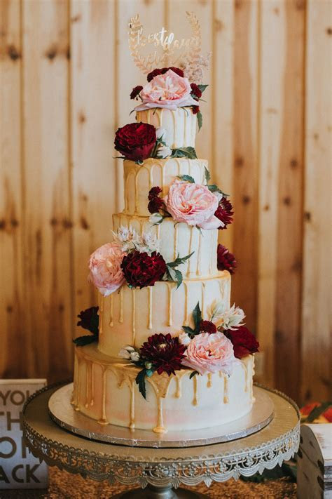 drip wedding cake   gold wedding cake   maroon   gold