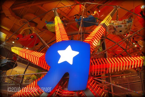 Ferris Wheel inside Toys R Us