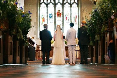 Christian Wedding Ceremony   Complete Planning Guide