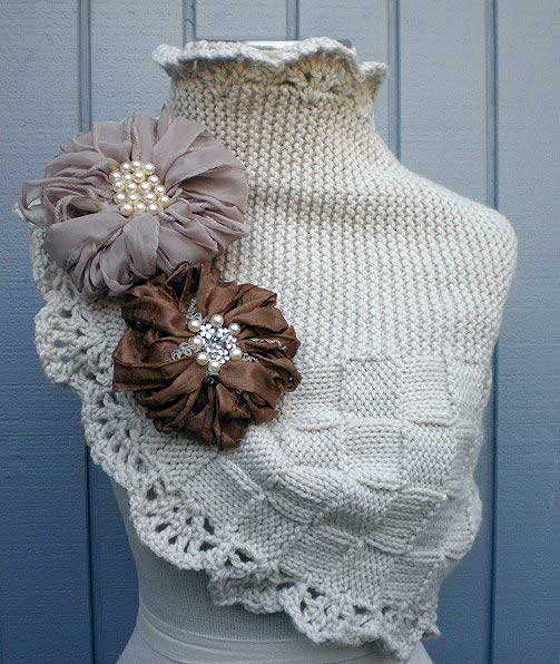 Beautiful scarf LIC associated spokes