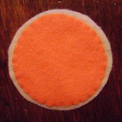 feltro círculos laranja