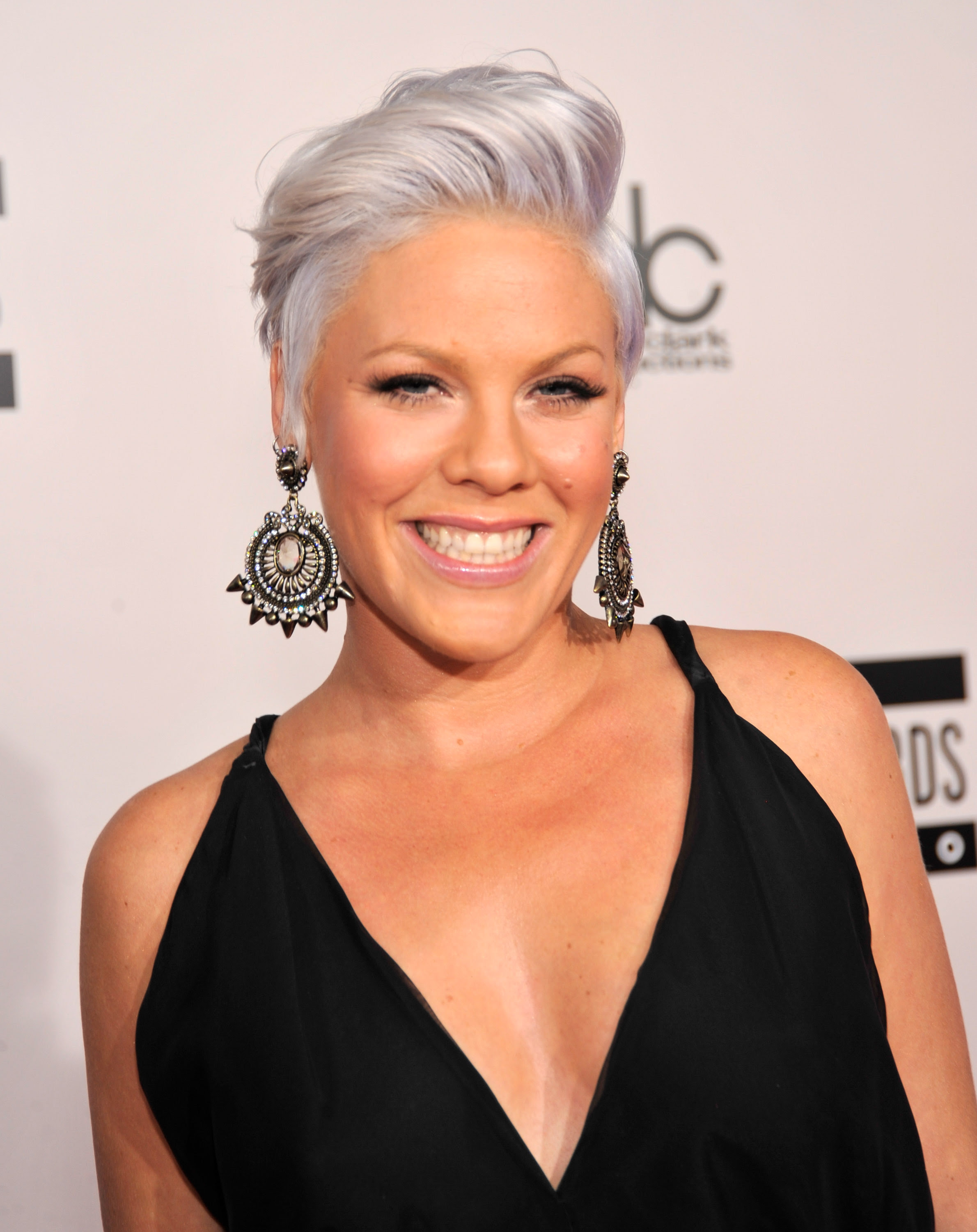 Celebrities Who Have Rocked Silver Hairstyles DooWop Hair Salon