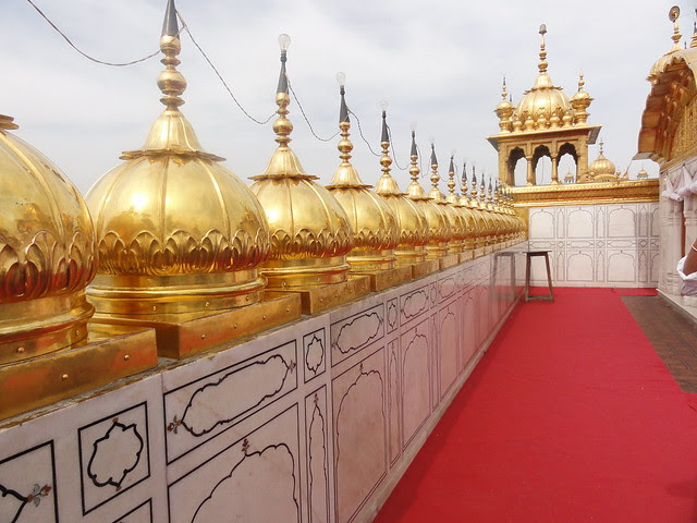 To get the 360 degree view of the whole Harmandir Sahib complex