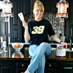 Guest Post from Redhead Can Decorate...a blog with LOTS of fabulous ideas and fun!
