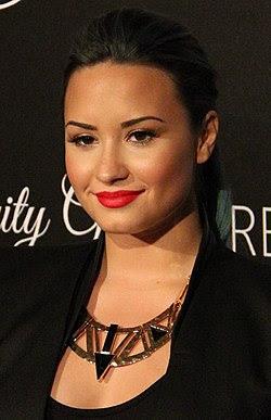 Demi Lovato 2, 2013.jpg