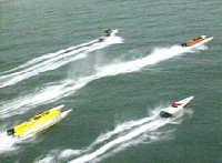Carrera de motonaútica en categoría Off Shore