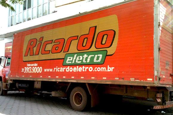 Carga está avaliada em cerca de 300 mil reais / Foto Marcelo Paiva