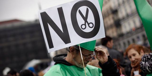 Manifestacion en Madrid contra por los recortes en Sanidad. | Alberto di Lolli