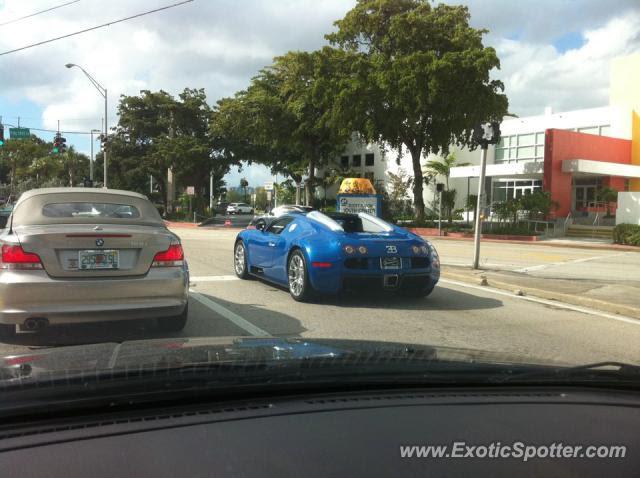 Bugatti Veyron spotted in MIami Beach, United States on 01/10/2012