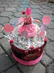 Let Them Eat Cake Bidcage Crown!4