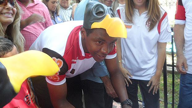 Renato - Urubu rei - Flamengo (Foto: Marcelo Baltar / Globoesporte.com)