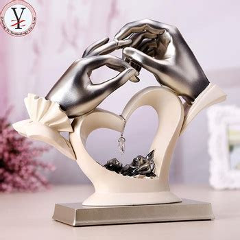 Best Selling Oem/odm Resin Gift For Newly Married Couple