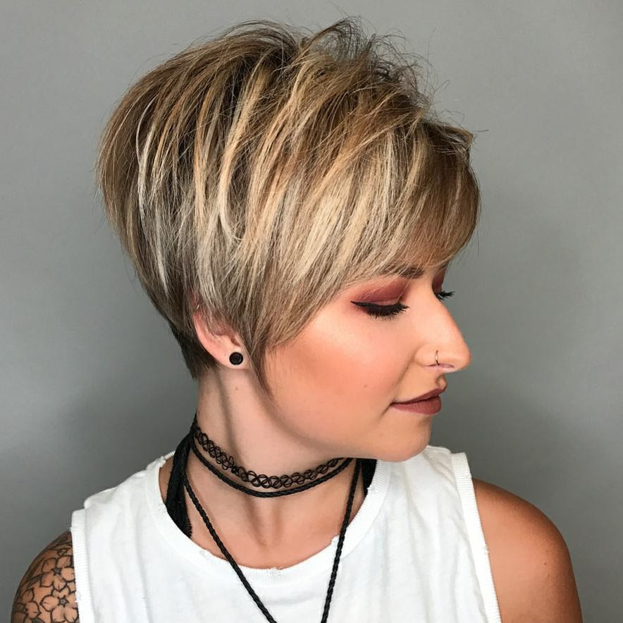 10 Hi-Fashion Short Haircut for Thick Hair Ideas 2020 - Women Short Hairstyles