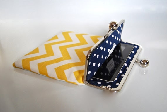 "Unique and Stylish iPad / Kindle DX / Motorola Xoom Clutch Case ""Yellow Chevron"""