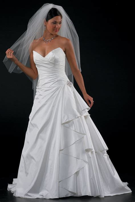Get Discount Wedding Dresses Online