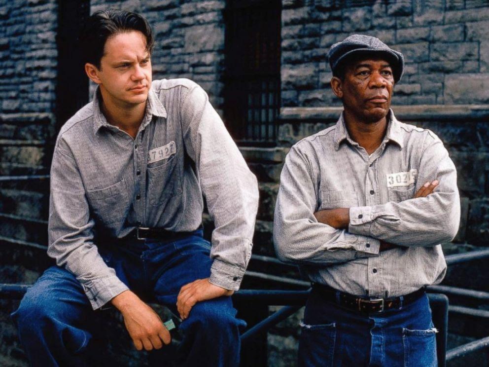 PHOTO: Still of Morgan Freeman and Tim Robbins in The Shawshank Redemption (1994)
